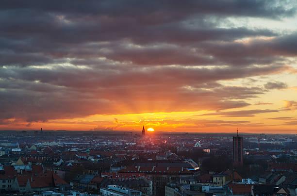 München bei Sonnenuntergang – Foto