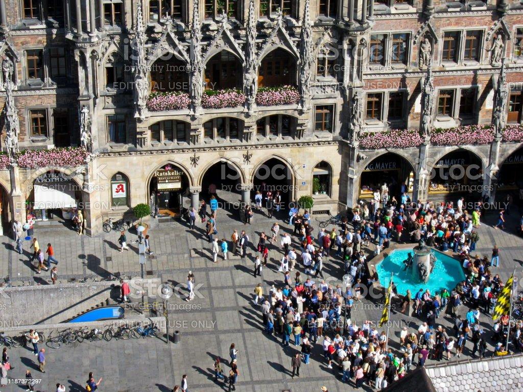 Munich, Fischbrunnen at Marienplatz 2010 - Bavaria, Germany. - Foto stock royalty-free di 2010