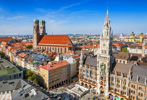 monaco, germania-vista aerea del centro città - marienplatz foto e immagini stock