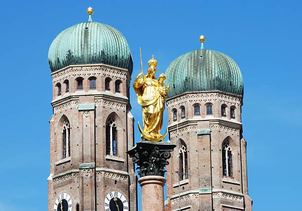 münchen - münchner frauenkirche stock-fotos und bilder