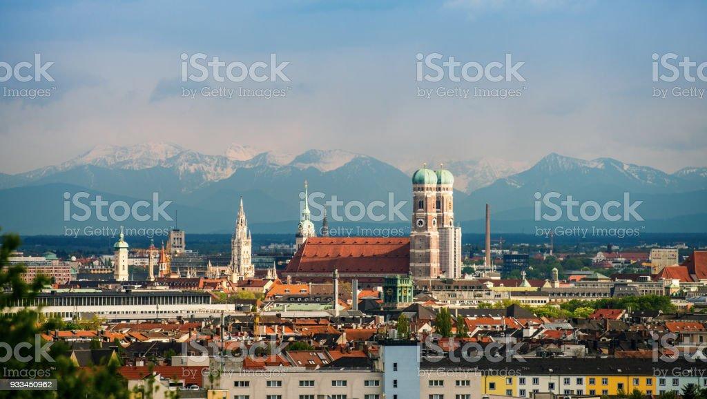 Skyline von München mit Frauenkirche – Foto
