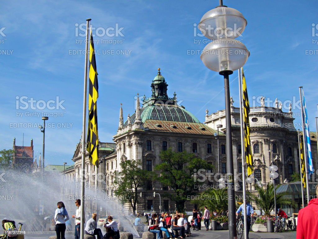 Munich. View to the Palace of Justice from Karlplatz Stachus. Bavaria, Germany. - Стоковые фото 2010 роялти-фри