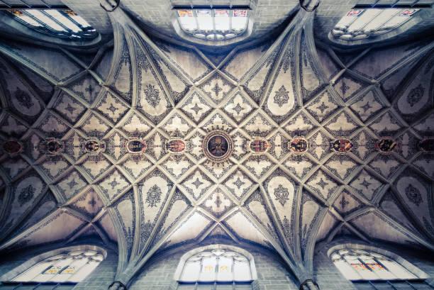 munsterkirche, bern, schweiz - gothic bilder stock-fotos und bilder