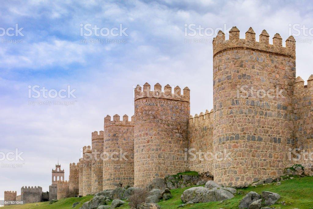 Murallas de Ávila (Castilla León - España) Las murallas de Ávila datan su construcción del siglo XII Ancient Stock Photo