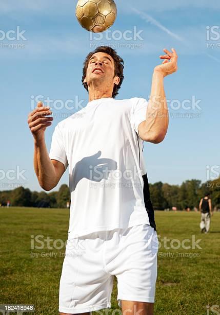 Muscle man sport outdoor picture id182418946?b=1&k=6&m=182418946&s=612x612&h=fq83xaxz8mearpys5dzlmvqng95ifzl5f0pejmge iu=