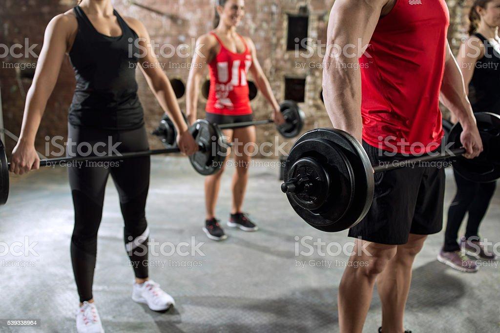 Ejercicios torso bodybuilders muscular - foto de stock