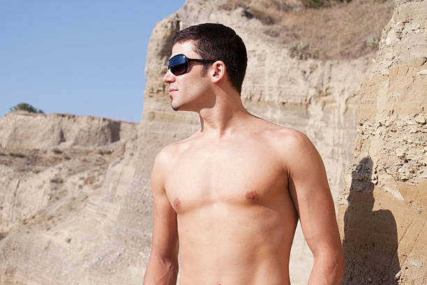 naked woman traveler standing — Stock Photo © anatoliy