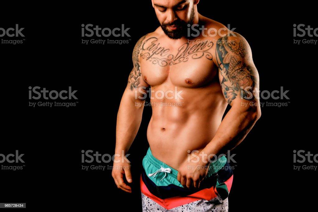 Muscular Shirtless Man In Studio - Royalty-free 20-29 Anos Foto de stock