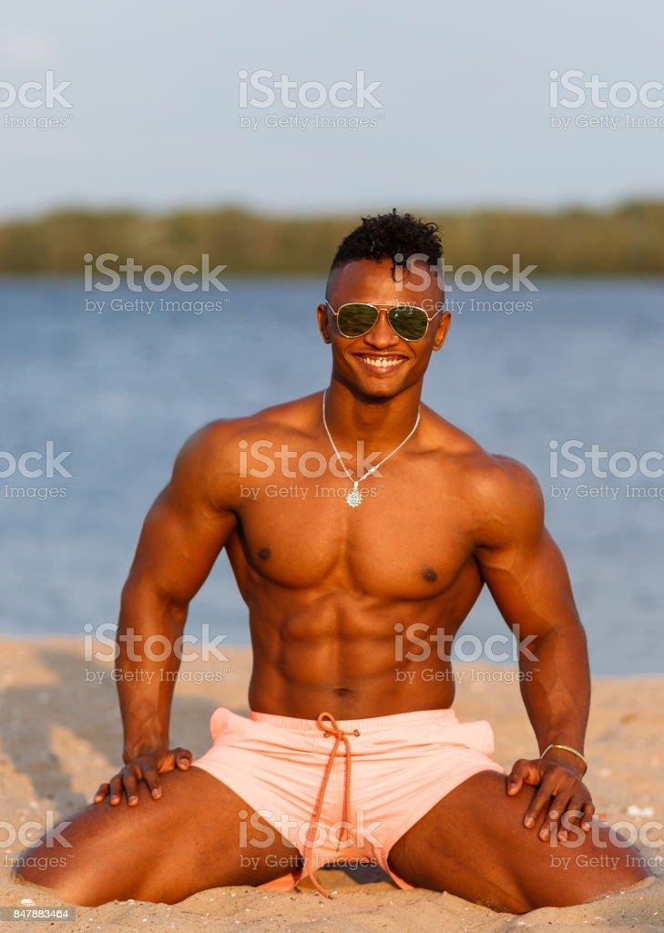 mann strand nackt