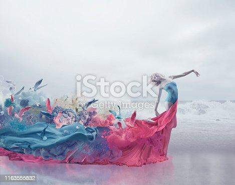 181894581 istock photo Muse and femininity 1163555832