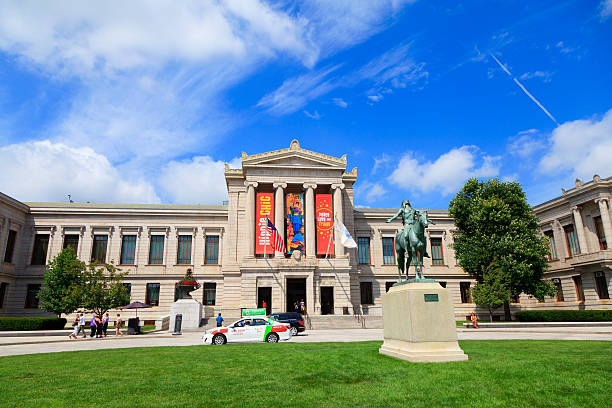 Museum of Fine Arts, Boston Boston, Massachusetts, USA - August 30, 2013: The Museum of Fine Arts in Boston, Massachusetts, is one of the largest museums in the United States. It contains more than 450,000 works of art, making it one of the most comprehensive collections in the Americas.  fine art statue stock pictures, royalty-free photos & images