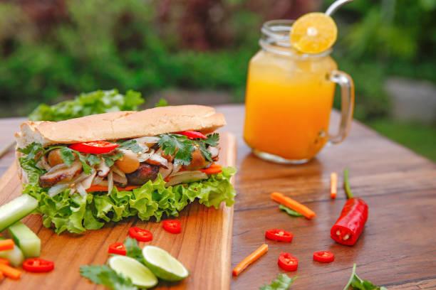Mushroom Vietnamese banh mi sandwich Mushroom Vietnamese banh mi sandwich bánh mì sandwich stock pictures, royalty-free photos & images