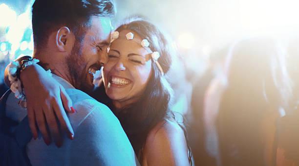 music and love. - attività romantica foto e immagini stock