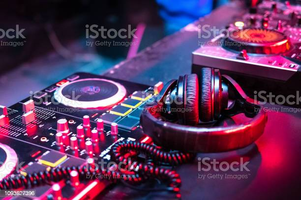 Music console in bright colors of light in night club picture id1093627396?b=1&k=6&m=1093627396&s=612x612&h=qux95wtp5u1naybztz9uvn3gpjbzsa4idzktmja40sc=