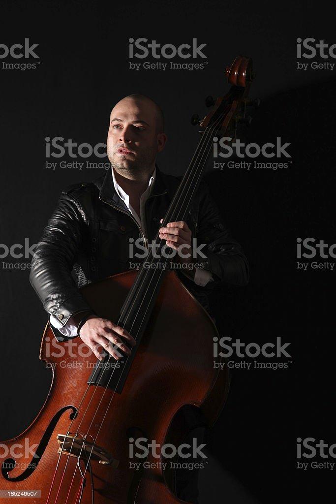 Musiker und Kontrabass – Foto