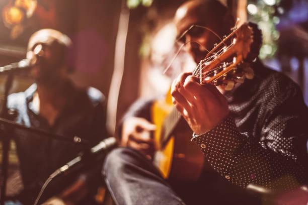 Musicians on a stage picture id899308580?b=1&k=6&m=899308580&s=612x612&w=0&h=4qnwaxr3vj3b1ono4 o0fsau9yyw2pnxdxbuckyzar0=