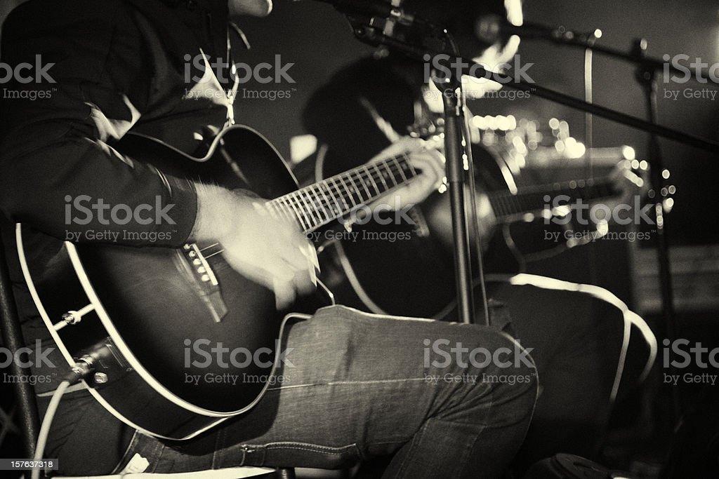 Musiker auf der Bühne – Foto