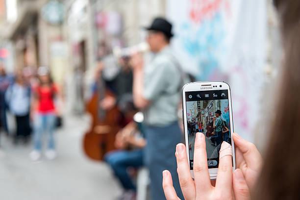 musicians playing at istiklal street,istanbul - istiklal avenue bildbanksfoton och bilder