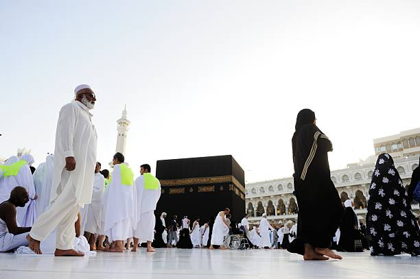 Muslims from all around the world praying in Kaaba Mecca, Saudi Arabia - May 24, 2012: Muslims from all around the world praying in Kaaba circumambulation stock pictures, royalty-free photos & images