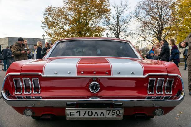 Mustang at the exhibition picture id1182485124?b=1&k=6&m=1182485124&s=612x612&w=0&h=qzmwynqqebyxsbpyrv hel16nybifr15qlyvlx0mxqq=