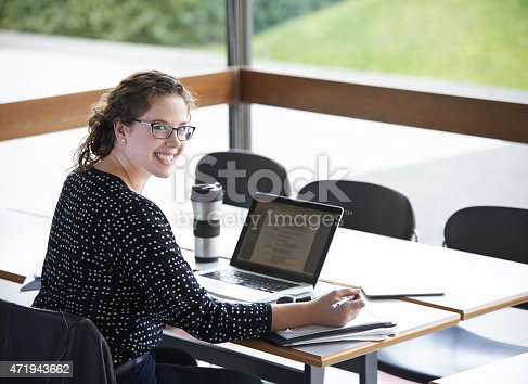 822557072 istock photo My assignment is looking good! 471943662