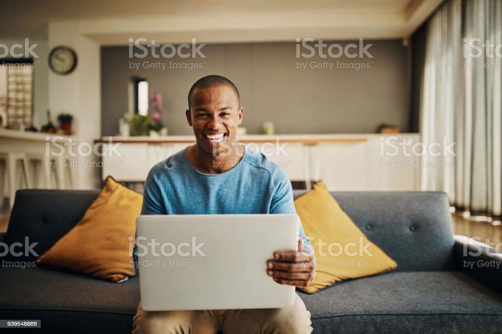 Mi laptop es mi todo - foto de stock