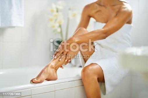 1059182922 istock photo My legs feel so silky smooth 1177097365