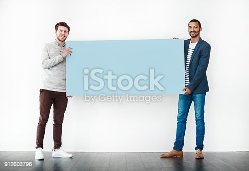 istock My mate and I have a message for you 912603796