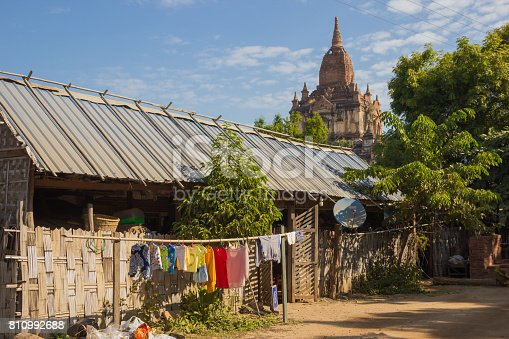 myanmar bagan tamples light birma with a local house