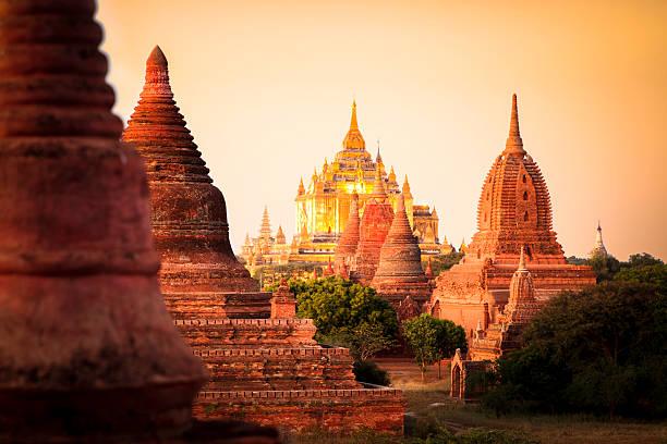 myanmar image - zuidoost azië stockfoto's en -beelden