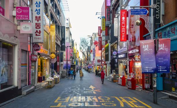 明洞エリアのソウル, 南朝鮮 - ソウル ストックフォトと画像