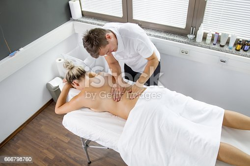 istock Myofascial Release Therapy - Spinal 666798760