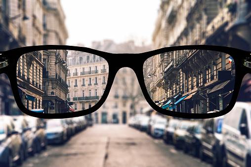 Myopia in Paris