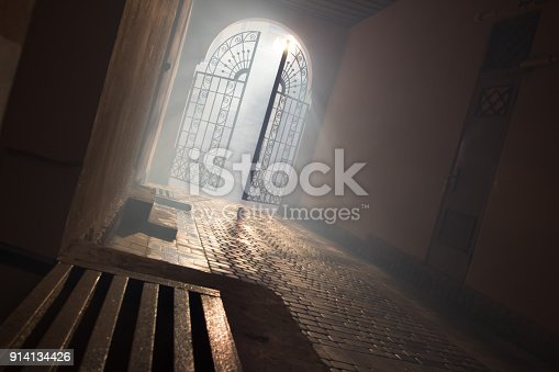 914134406 istock photo mysterious arch 914134426