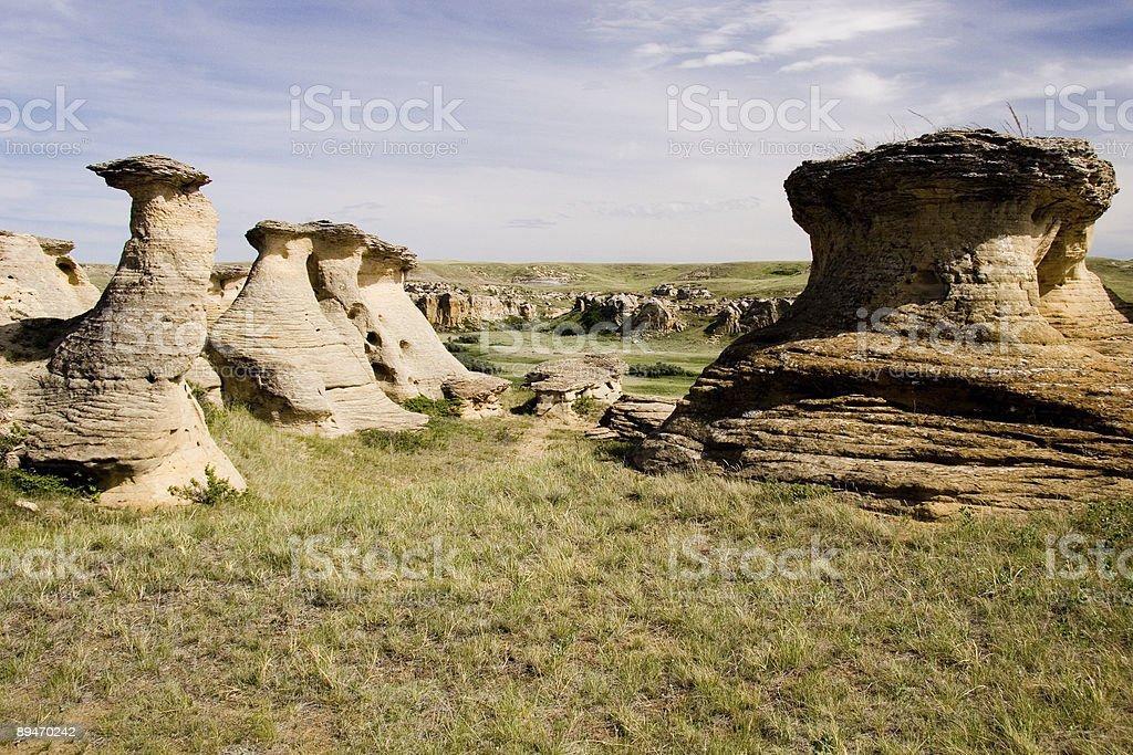 Misteriosas tierra formaciones foto de stock libre de derechos