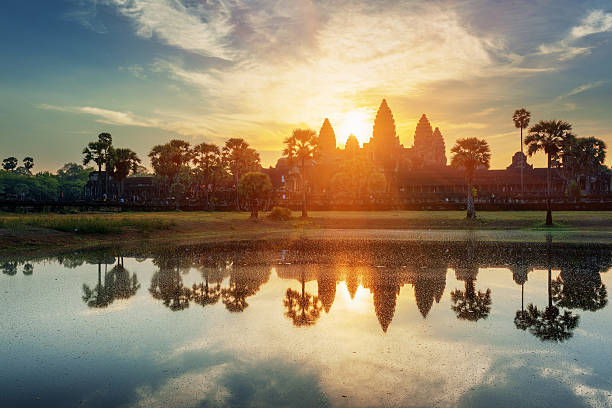 Mysterious towers of ancient Angkor Wat in Cambodia at dawn – Foto