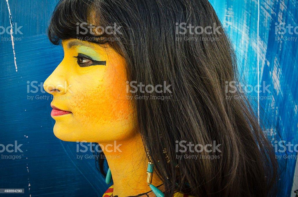 фото загадочных женщин профиль