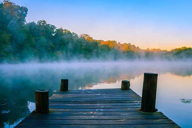 mystic water - flod vatten brygga bildbanksfoton och bilder
