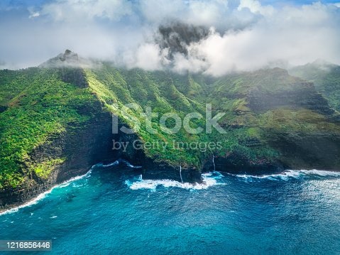 istock Na Pali Coast Kauai Island Hawaii USA 1216856446