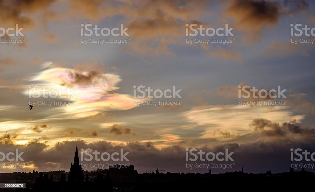 Nacreous clouds over Edinburgh Lizenzfreies stock-foto