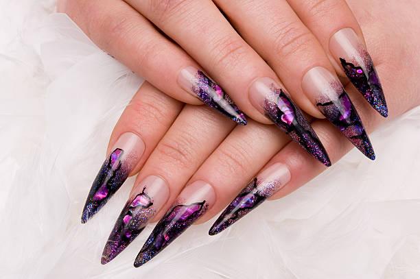 nagel art - nails stiletto stock-fotos und bilder