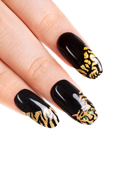 nagel-gel art tiger-serie. nahaufnahme up - detailliert stock-fotos und bilder