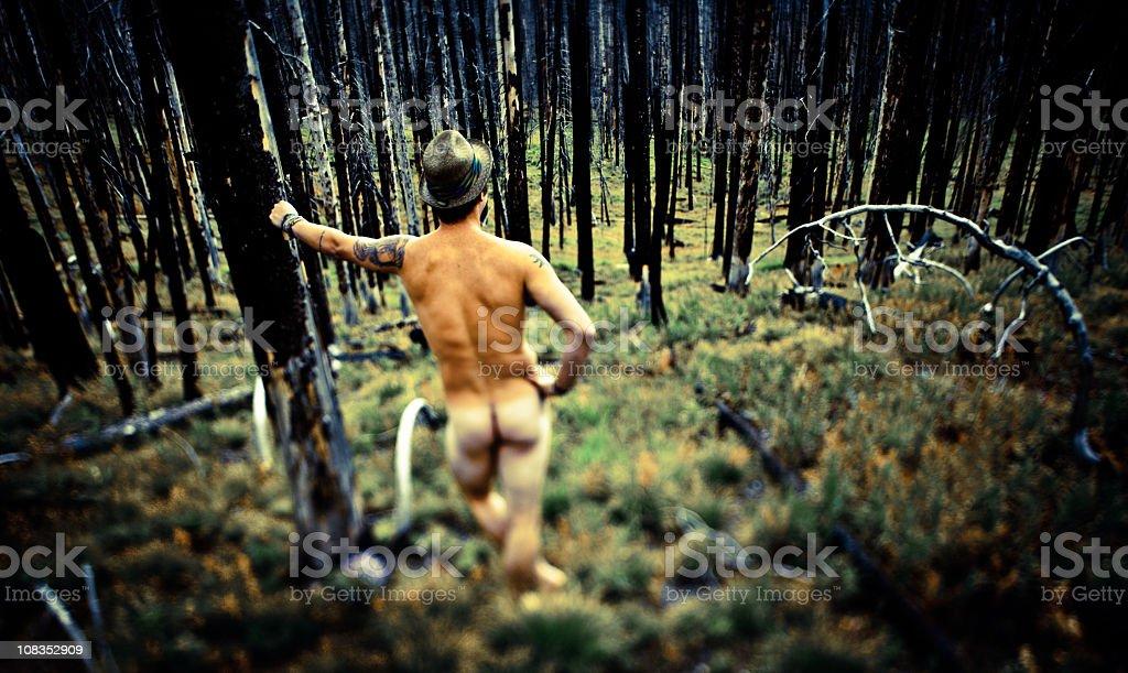 portman-naked-naked-man-alone-com-matures