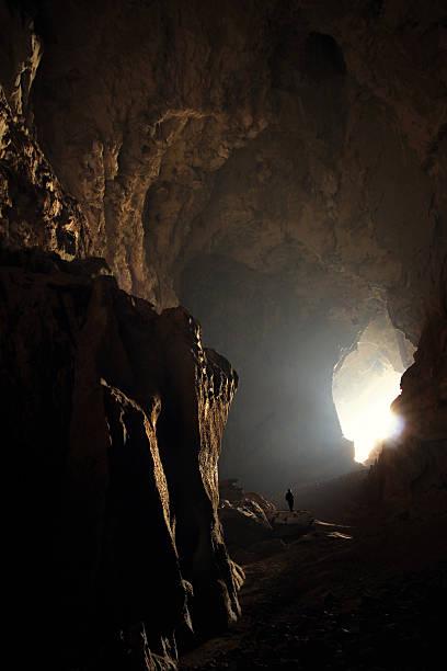 Namnone-Höhle – Foto