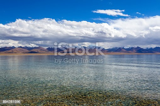 Tibet, China, the most beautiful Nam Co Lake, Tibet's legendary holy lake, the lake is clear, the distant snow-capped mountains