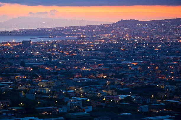 Naples Stadt bei Sonnenuntergang – Foto