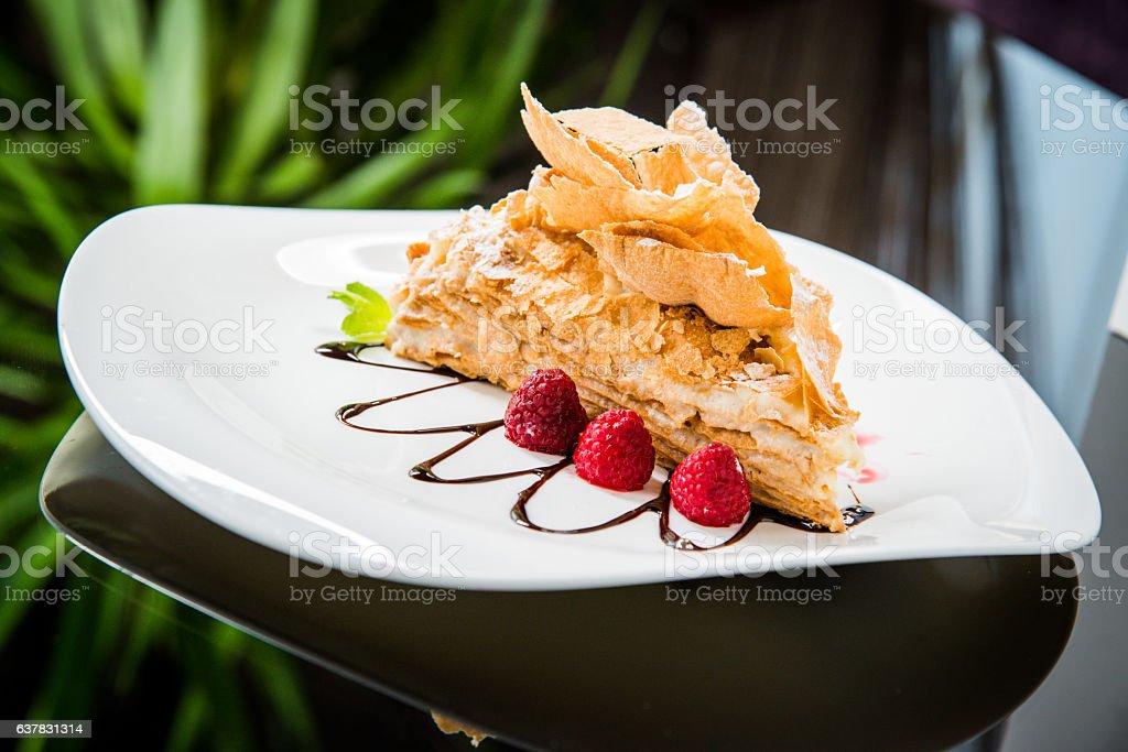 Napoleon cake with cream – Foto