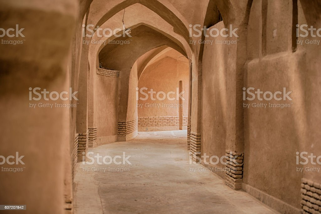 Narrow alley in the old town of Yazd, Iran stock photo