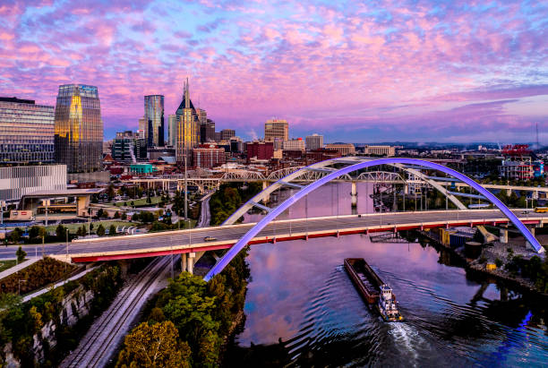 Nashville,TN Dawn Aerial Nashville,TN Dawn Aerial tennessee stock pictures, royalty-free photos & images