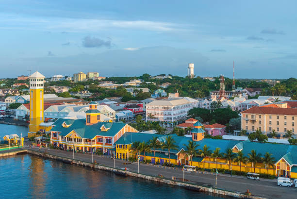 nassau bahamas poort - nassau new providence stockfoto's en -beelden